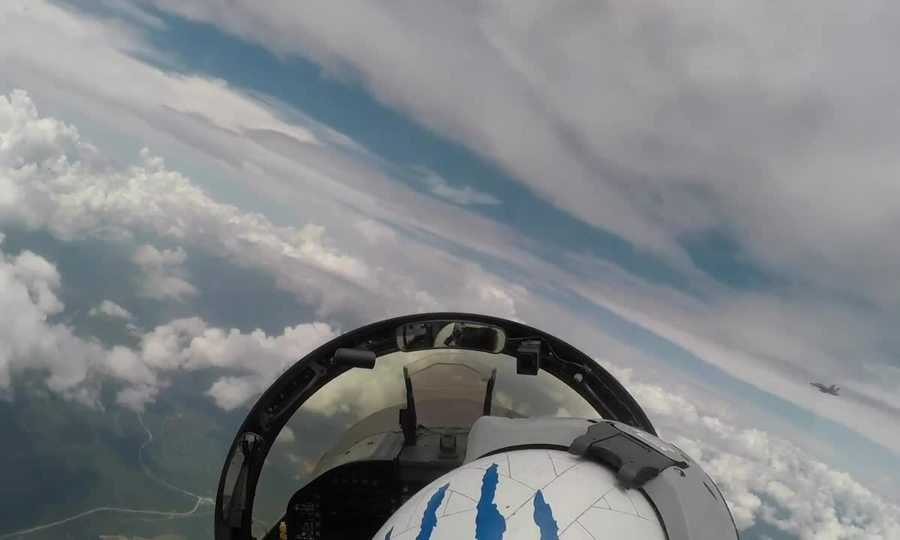Tiêm kích Mỹ diễn tập cùng máy bay Malaysia