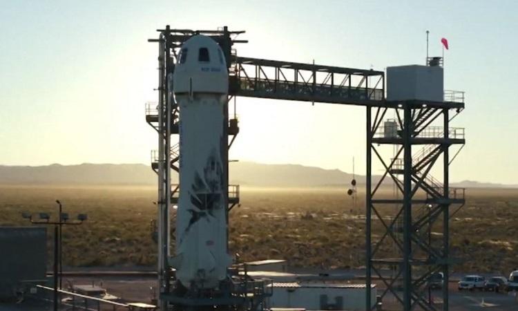 Mô phỏng tàu Blue Origin chở người vào không gian