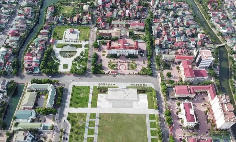 Dấu tích Hào Thành nhìn từ trên cao