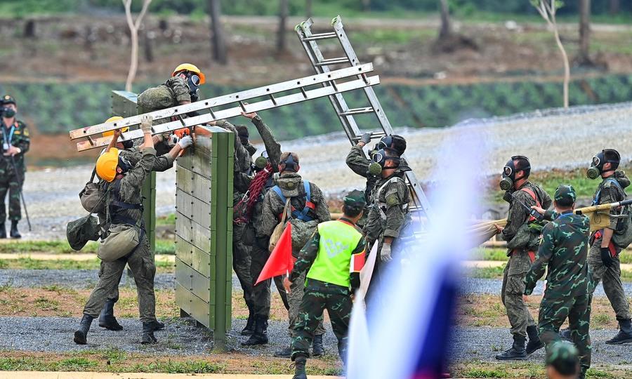 Trận đấu Việt Nam - Liên bang Nga cuộc thi Vùng tai nạn